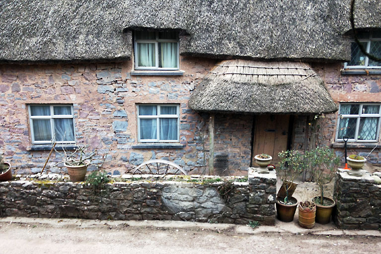 cottage-exterior-01-sandblasted-by-alberny-038
