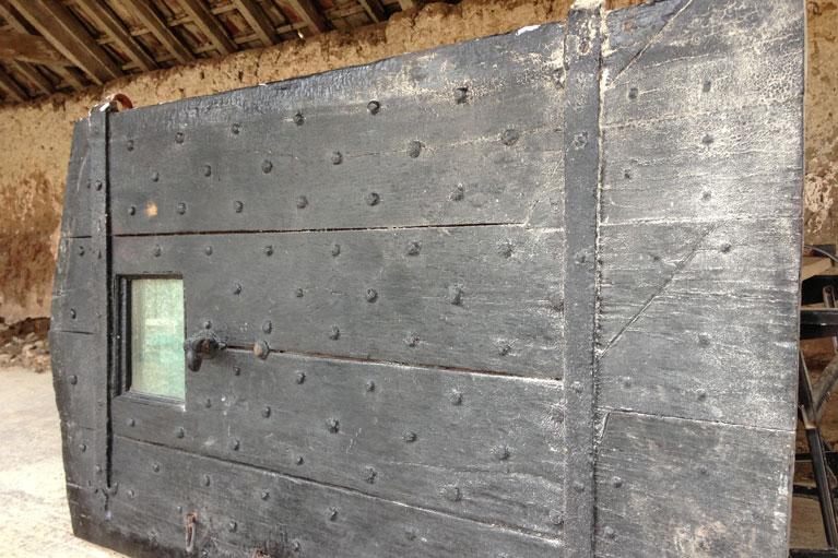 timber-sandblasting-door-alberny-049a