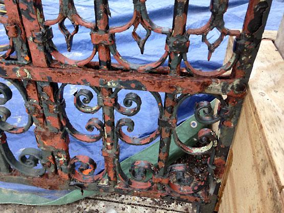 Metal Gate Restoration Using Blast Cleaning